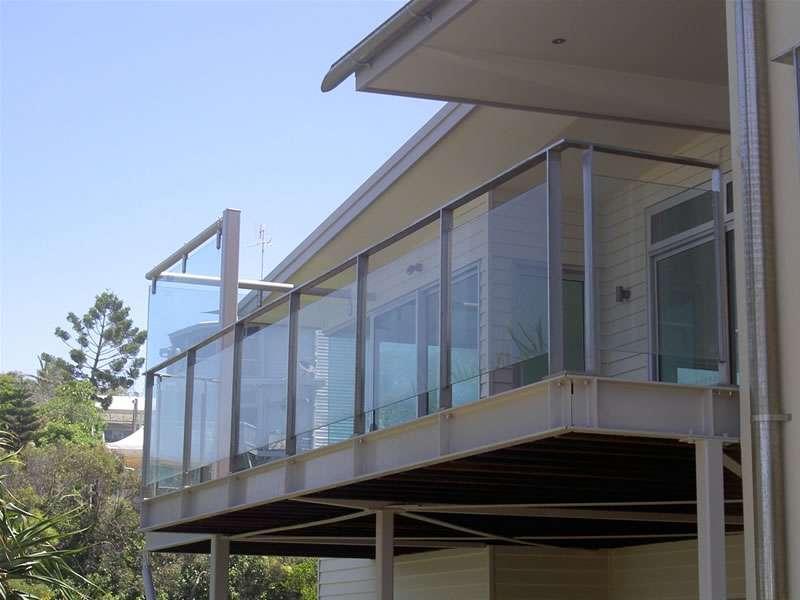 Ограждения из металла и стекла - галерея terradeck.